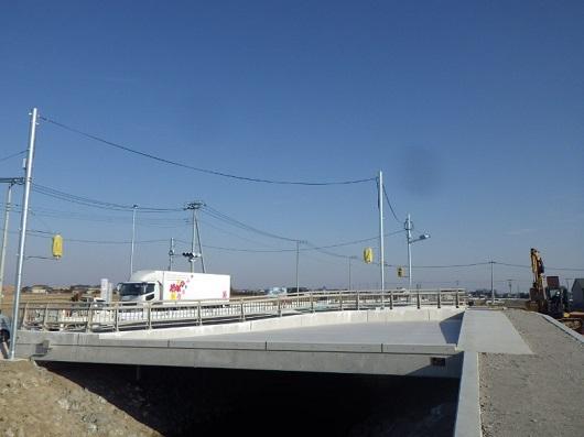 326埼玉ERB通殿川橋 完成