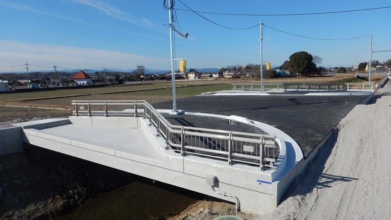 326埼玉ERB通殿川橋 完成-1