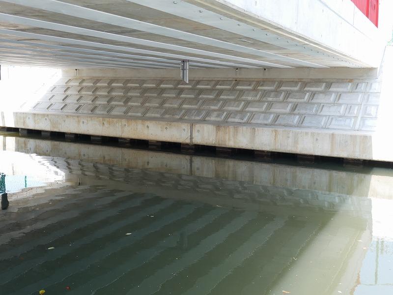 三養橋桁下面