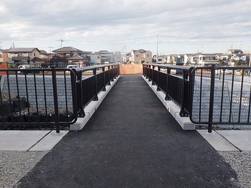 不老川⑦歩道橋完成